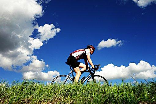 cyclist-1537843__340